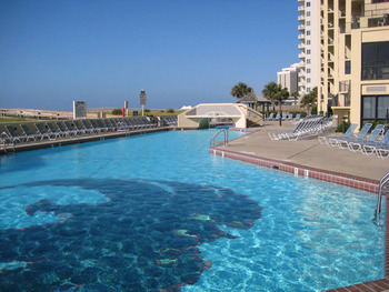 Outdoor pool at Gulf Coast Beach Getaways.