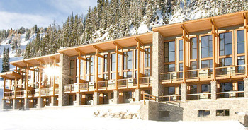 Exterior view of Sunshine Mountain Lodge.