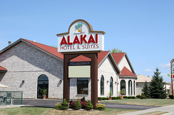 Exterior View of Alakai Hotel