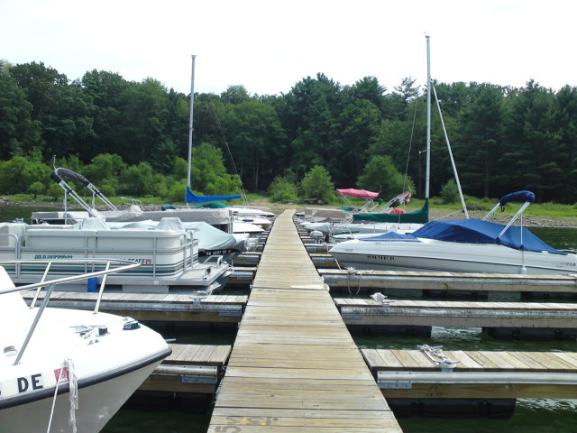 Marina at Lakeside Country Cottages