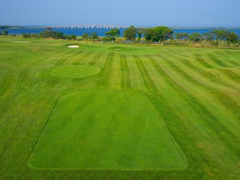 Rum Pointe golf course near Hilton Suites Ocean City Oceanfront.