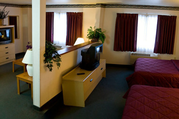 Family Suite at The Garibaldi House Inn & Suites