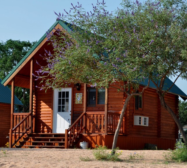 Willow point resort buchanan dam tx resort reviews for Sand point lodge