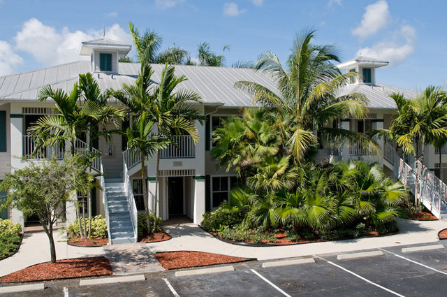 greenlinks golf villas at lely resort naples fl. Black Bedroom Furniture Sets. Home Design Ideas
