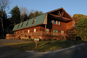 Exterior View of The Cabins at Pine Haven