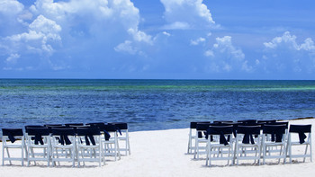 Beach wedding at Sheraton Suites Key West.