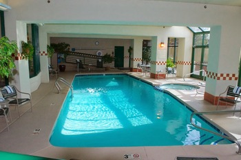 Indoor pool at Hampton Inn & Suites Flagstaff.