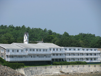 Exterior view of The Sparhawk Oceanfront Resort.