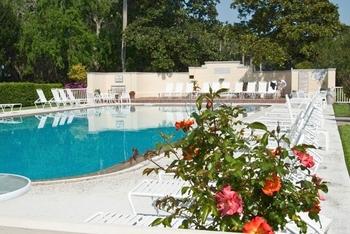 Pool at Jekyll Island Club Hotel.