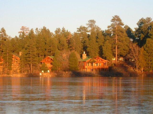 Lake of the woods lakeside az resort reviews for Lake of the woods fishing resorts