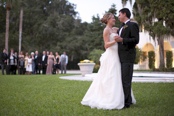 Wedding Couple at Jekyll Island Club Hotel