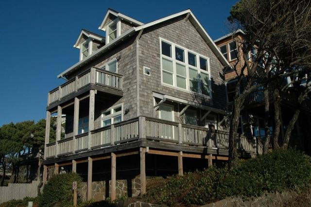 vacation homes at bella beach  lincoln city  or