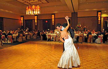 Beautiful ballroom wedding at Eaglewood Resort.