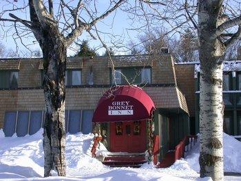 Exterior view of Grey Bonnet Inn.