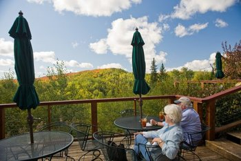 Dining patio at Eagle Ridge at Lutsen Mountains.