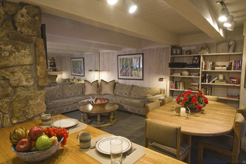 Rental living room at Frias Properties of Aspen - Chateau Roaring Fork #14.