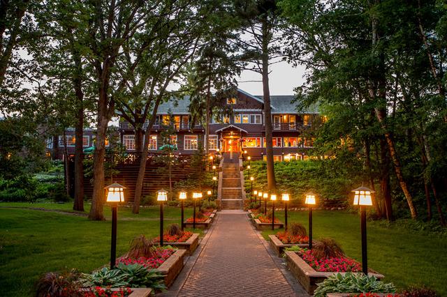 Grand View Lodge (Nisswa, MN) - Resort Reviews ...