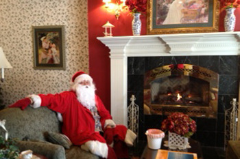 We quietly came into the lobby and couldn't believe our eyes...even Santa likes to stay at the Ashley Inn...who knew?