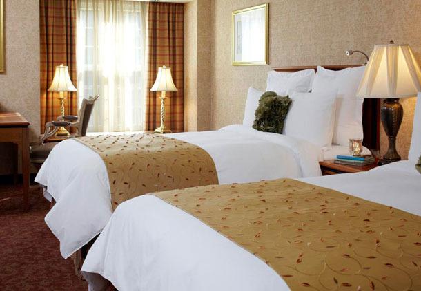 hotels travel rocdl monte lodge renaissance rochester hotel