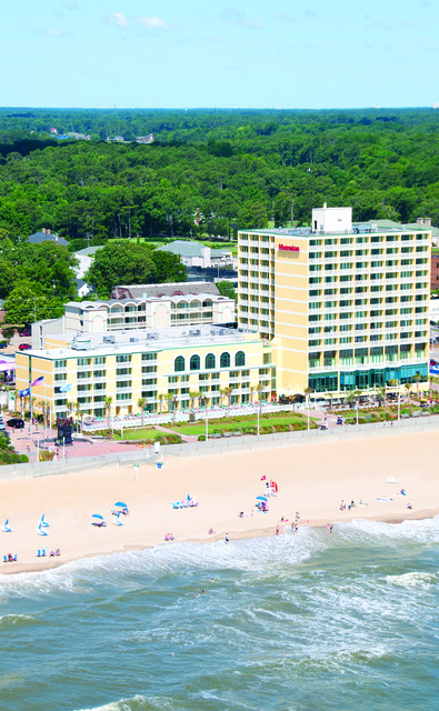 Sheraton Oceanfront Hotel (Virginia Beach, VA)