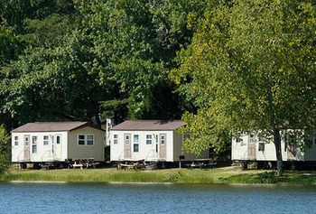 Quailridge cabins at Wilderness Presidential Resorts.