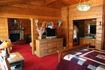Guest room at Eldora Lodge.