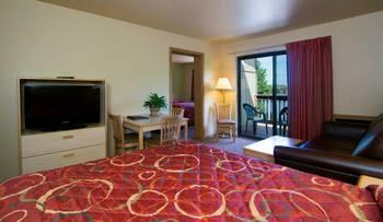 Guest suite at Baker's Sunset Bay Resort.