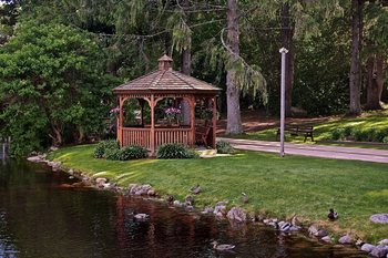 Gazebo at Woodwards Resort.
