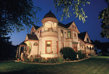 Exterior view of Historic Scanlan House B & B.