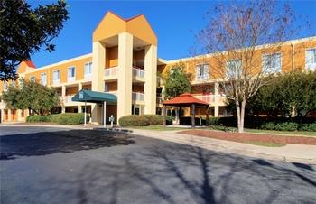 Exterior View of Baymont Inn & Suites Durham