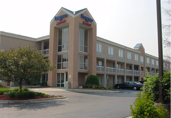 Exterior view of Fairfield Inn Detroit Troy/Madison Heights.
