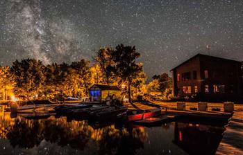 Resort starry sky at Kabetogama Lake Association.