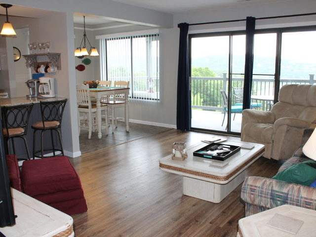 Treehouse Condo Rentals Branson Mo Resort Reviews