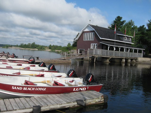 Sand beach lodge alban ontario resort reviews for Ontario fishing lodges and resorts