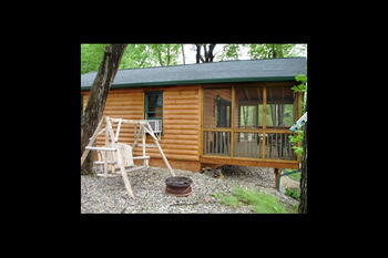 Cabin exterior at Loons Landing at Timberwoods Resort.