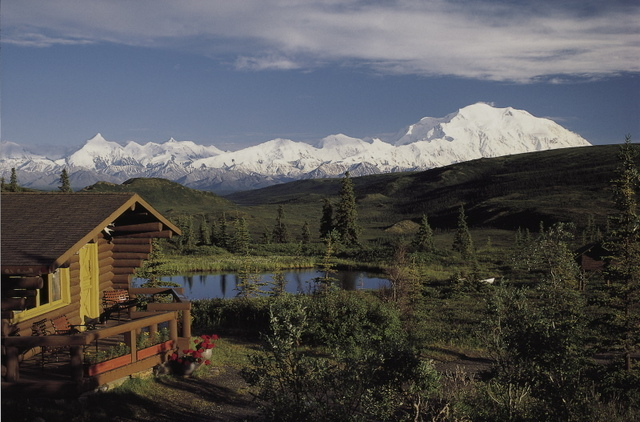 Camp denali north face lodge denali national park ak for Denali national park cabins