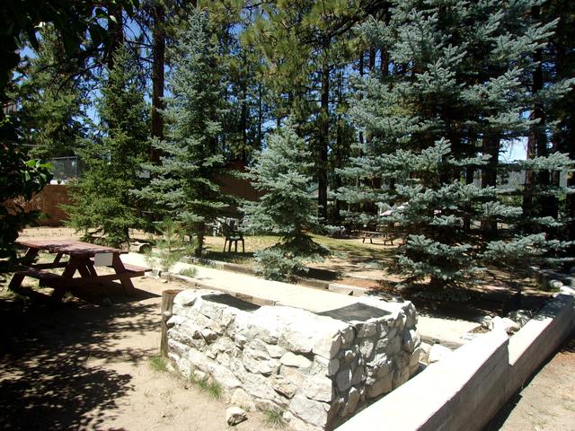 Honey Bear Lodge Cabins Big Bear Lake Ca Resort