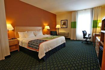 Guest Room at the Fairfield Inn & Suites by Marriott Belleville