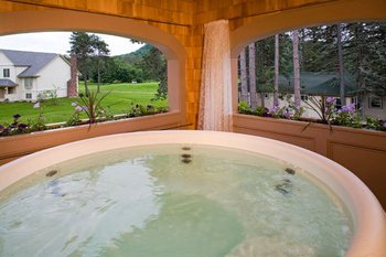 Private jacuzzi at The Wentworth.