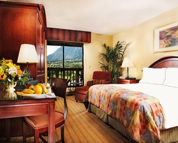 Guest room at Cheyenne Mountain Resort.