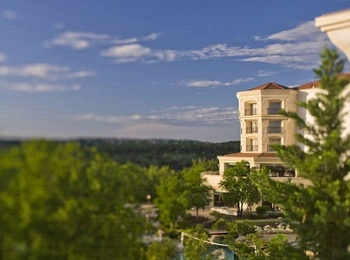 Exterior view of The Westin La Cantera Resort.