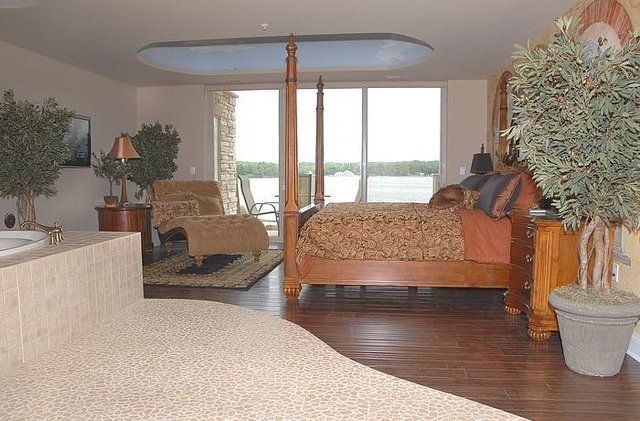 Wisconsin Dells Vacation Rentals Condo Romantic