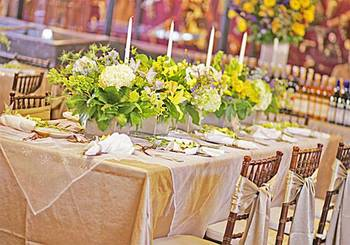 Wedding decor at Trois Estate at Enchanted Rock.