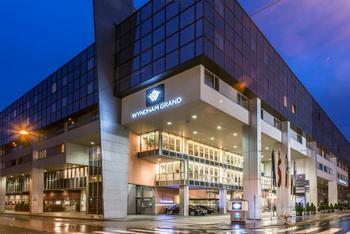 Exterior view of Wyndham Grand Salzburg Conference Center.