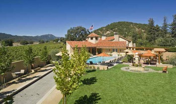 Exterior view of Napa Valley Lodge.