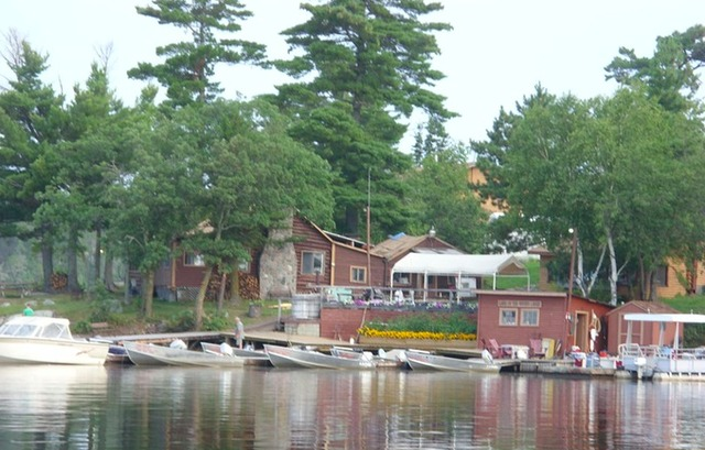 Lake of the woods lodge nestor falls ontario resort for Lake of the woods fishing lodges