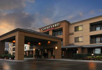 Exterior view of Courtyard by Marriott Fort Worth Fossil Creek.