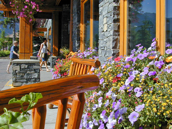 Exterior porch view at Banff Ptarmigan Inn.