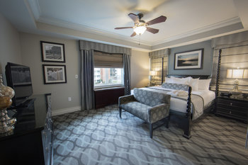 Guest room at Holiday Inn Club Vacations Williamsburg Resort.