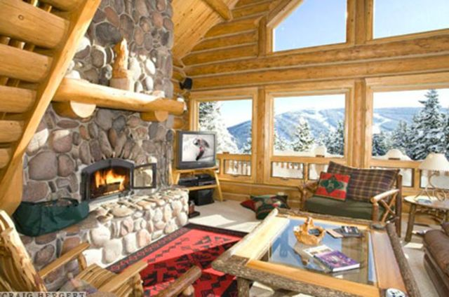 Big sky vacation rentals house white grass log home at for Big sky cabin rentals
